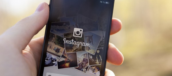 Instagram on iPhone 5 000025154061 Large min