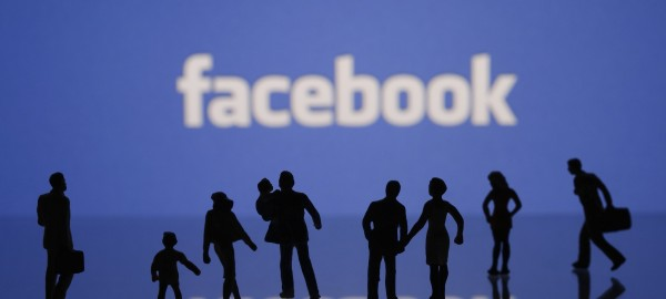 Facebook users 000035142008 Large min